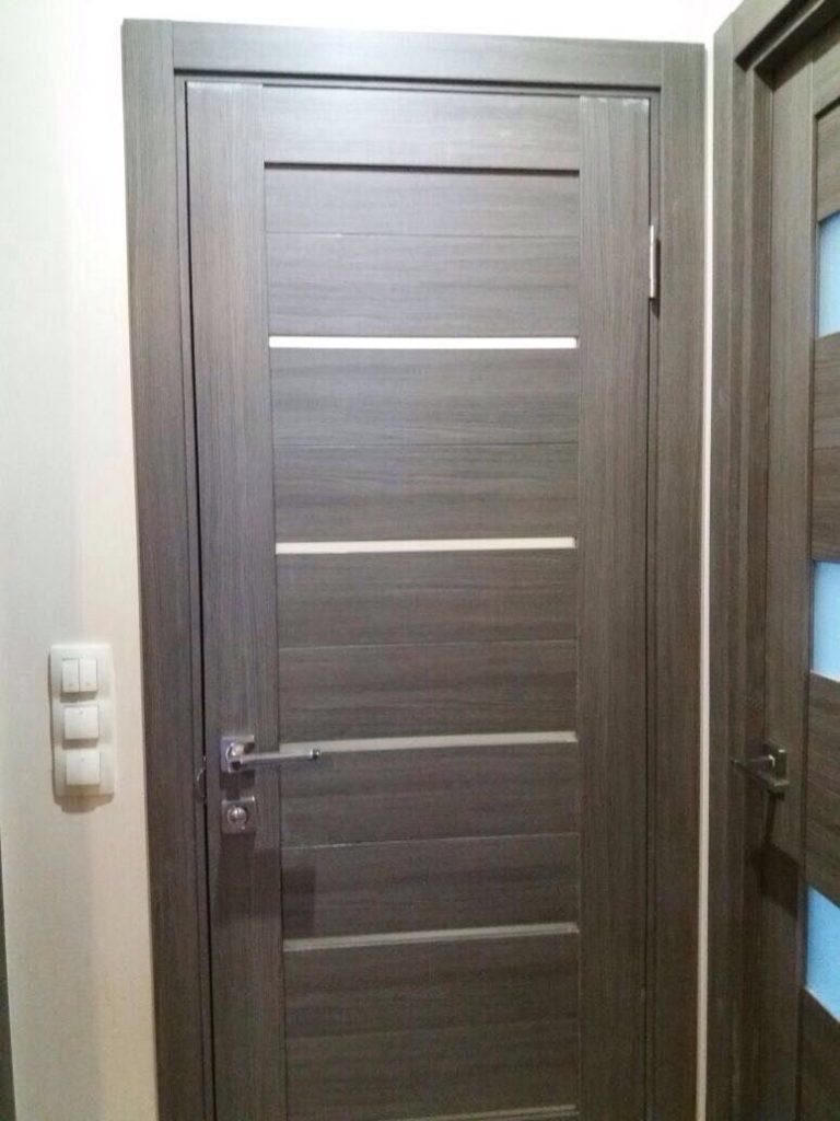 Дверь в туалет из экошпона