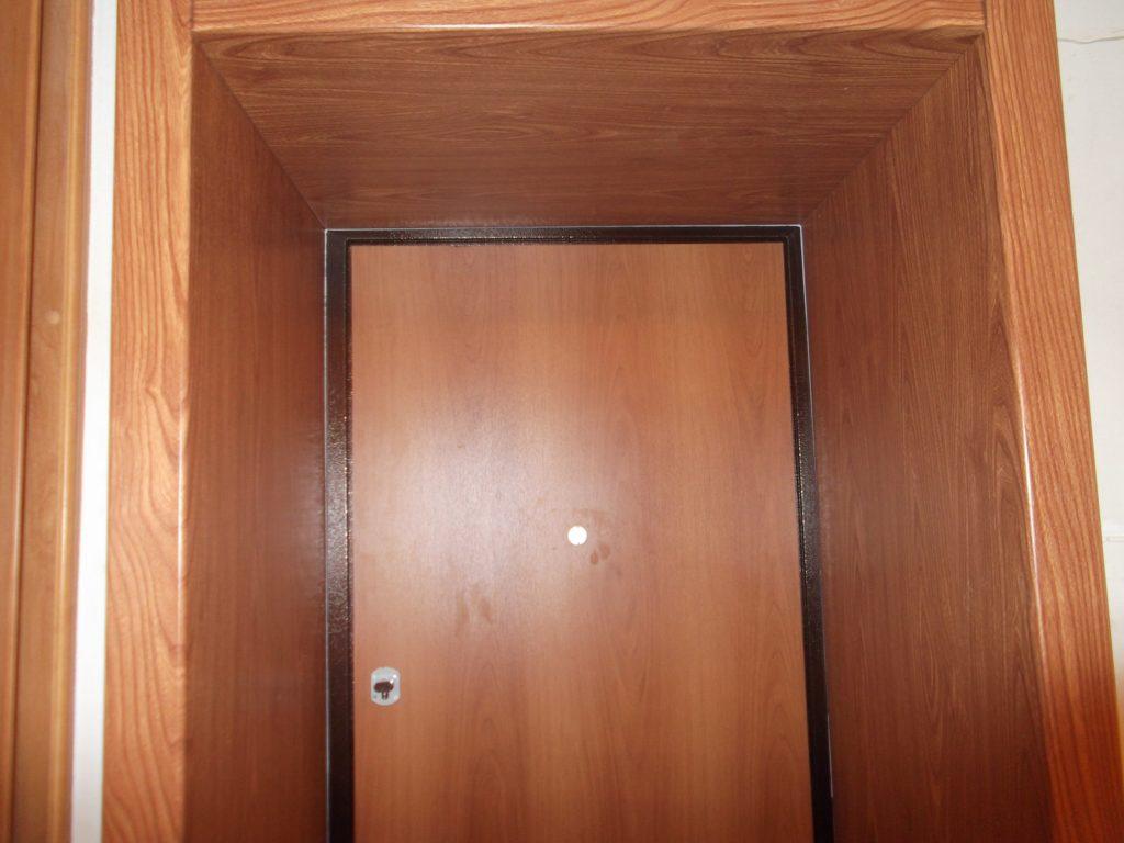 Откос входной двери из ЛДСП