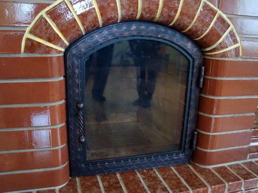 Печка со стеклянной дверцей