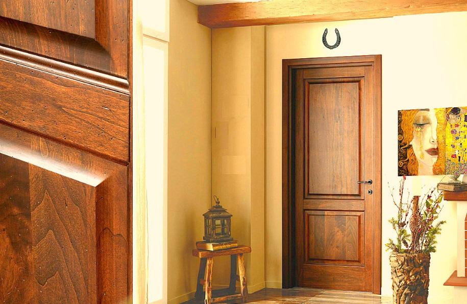 Дверь из натурального массива