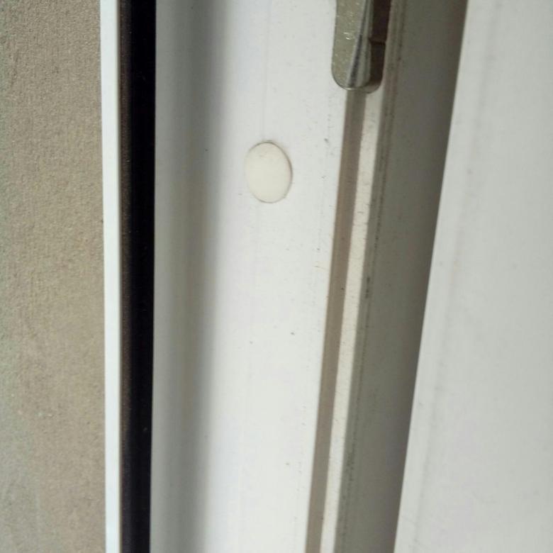 Уплотнитель на двери