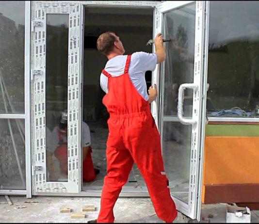 Монтаж ПВХ двери
